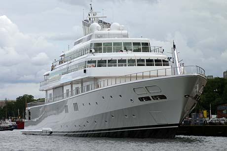 Rising Sun Yacht, Rising Sun Boat